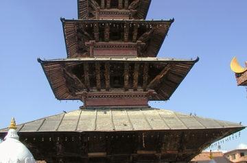 Kumbheshwar Temple